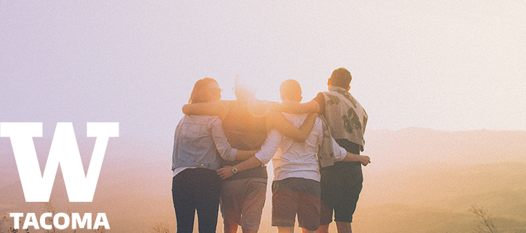 Group of friend in front of sunrise