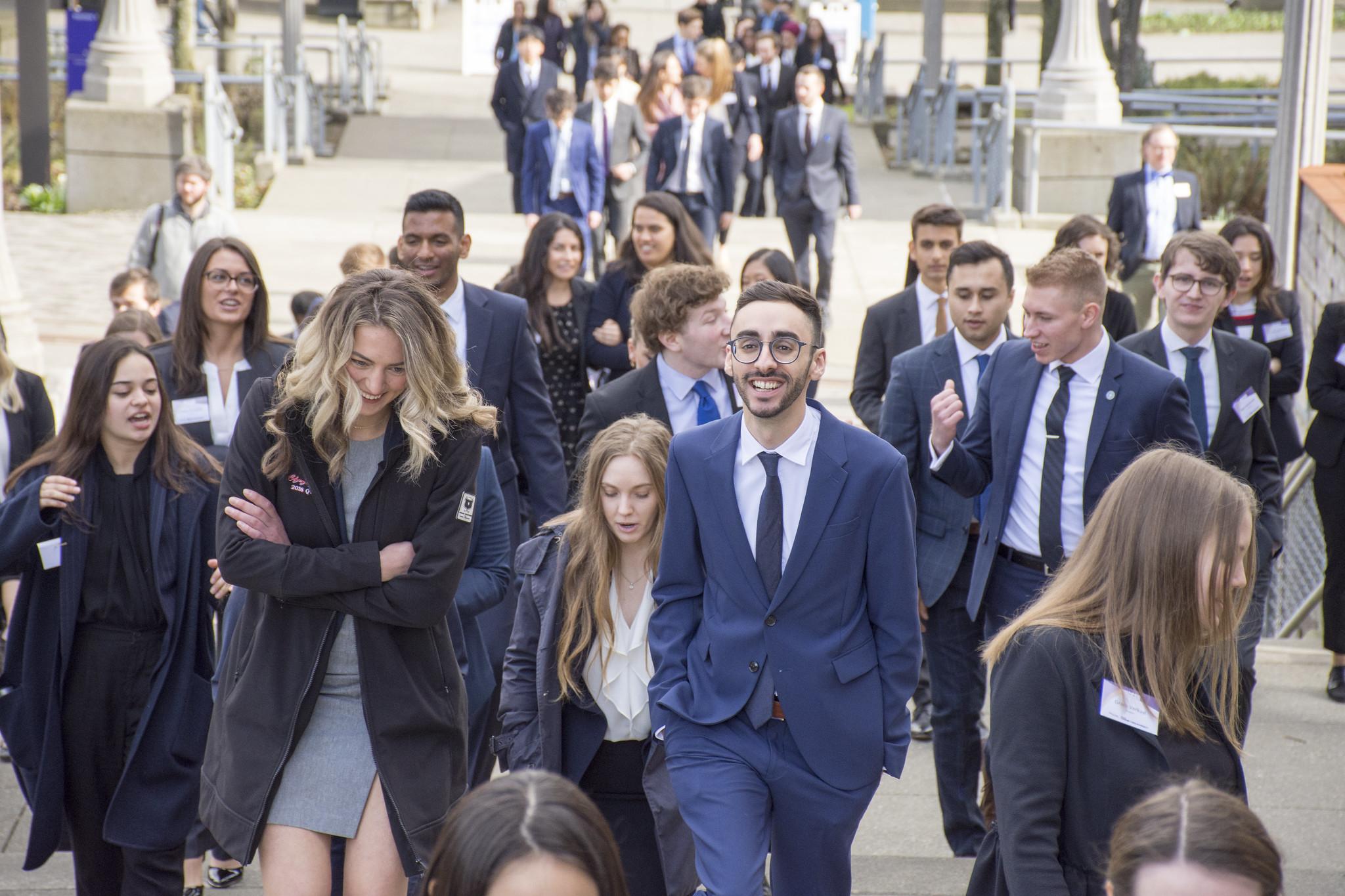 walking students