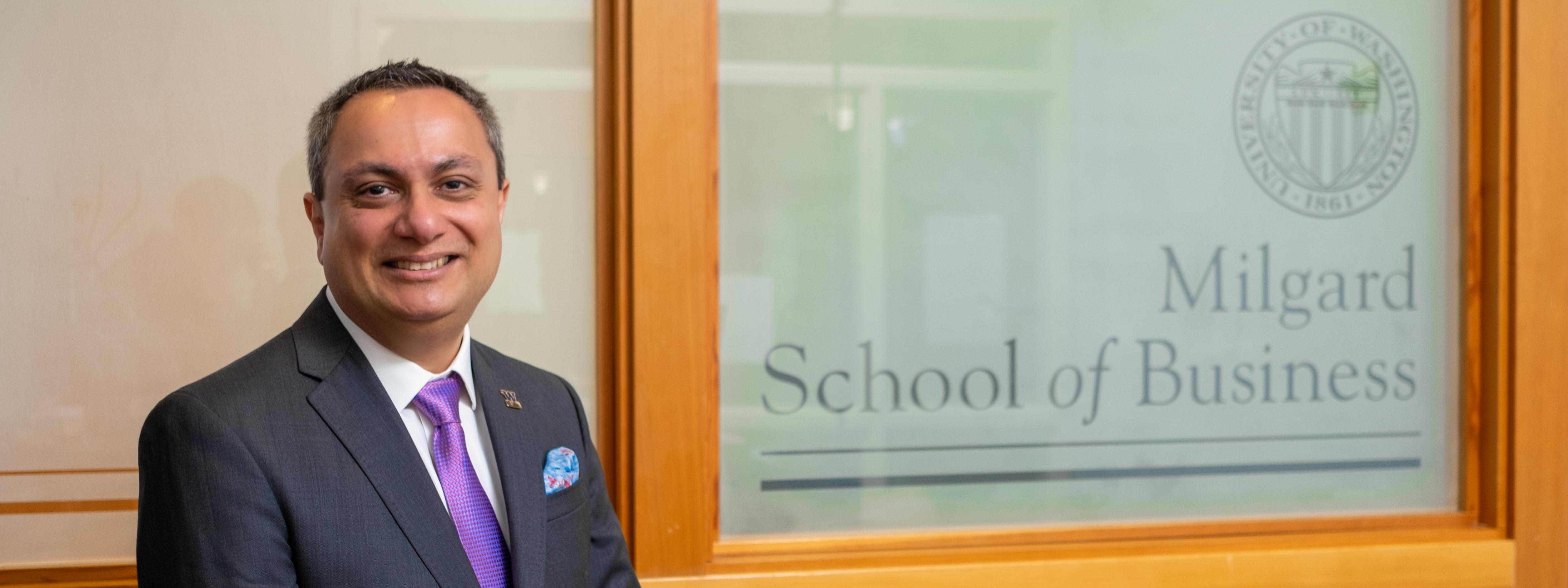 Headshot of Dean Altaf Merchant at the Milgard School of Business