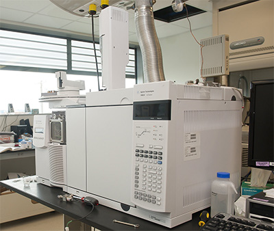 Existing mass spectrometer installed at UW Tacoma's Center for Urban Waters.