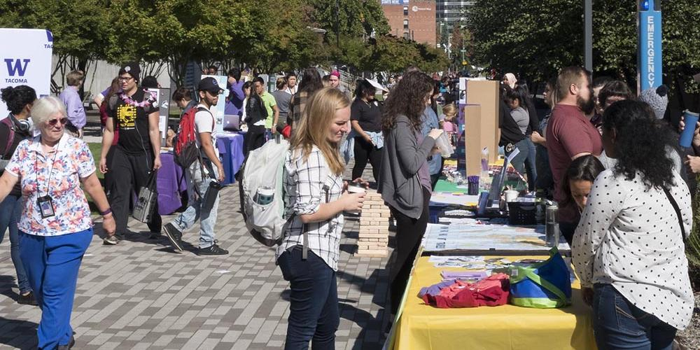 Photo of people attending Student Involvement Fair
